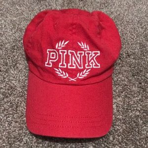 VS Pink red hat